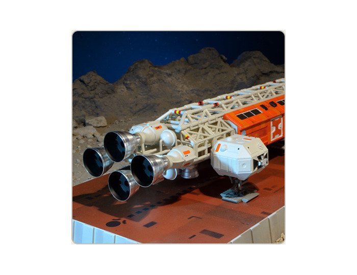SPACE 1999 - Breakaway Part 2 - Eagle Transporter Die Cast Limited Edition